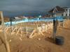 Дожди помогают уплотнять песок.